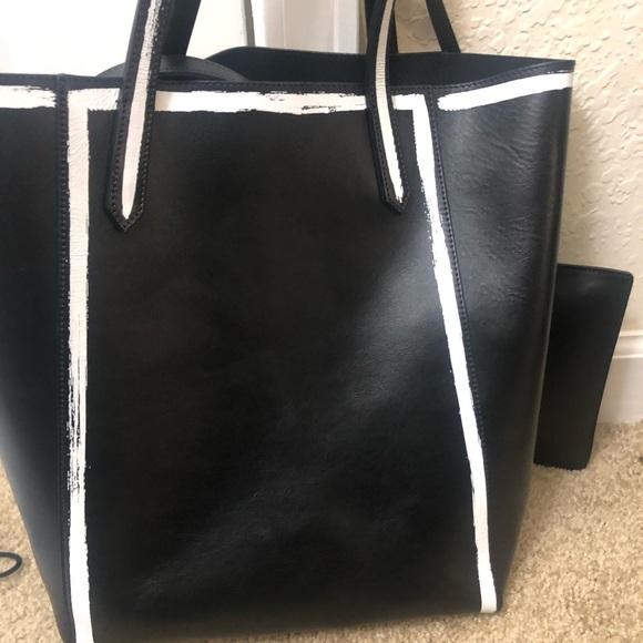 Givenchy Handbags - Givenchy Stargate bag